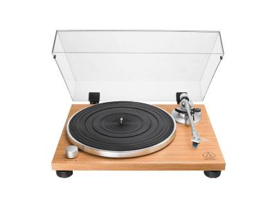 Audio Technica Fully Manual Belt-Drive Turntable - AT-LPW30TK
