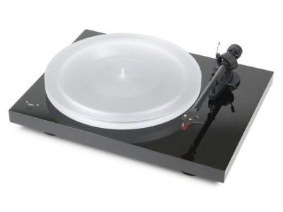 Project Audio Audiophile-Three  Speed Turntable - DEBUT CARBON ESPRIT SB (DC) (2M Red) - PIANO - PJ50437586