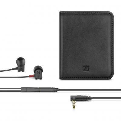 Sennheiser In-Ear Headphones in Black  - IE 800 S