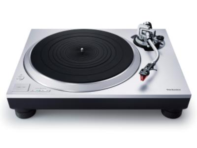 Technics Direct Drive Turntable System With Built-In Phono Equalizer And Cartridge In Silver - SL-1500C (S)