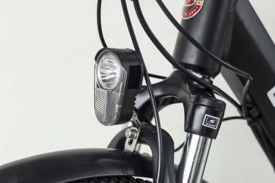 Daymak 48V Electric Bicycle with LED Turn Signals in Red - London 48V (R)