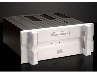 Bryston Three-Channel Amplifierm - 6BSST²