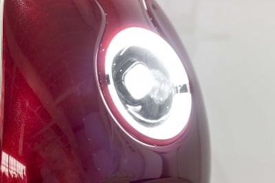 Daymak Electirc Bike With Halo LED Headlights In Red - Odyssey (R)