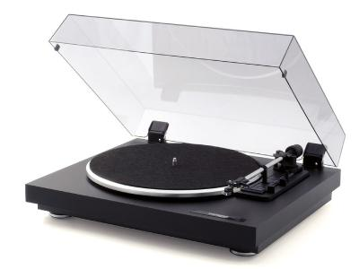 Thorens Plug-And Play Turntable With High Quality Acrylic Cover - TD 158